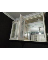 Задняя стенка - зеркало