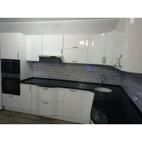 Кухня ЗОВ Акрил Белый ШТА824