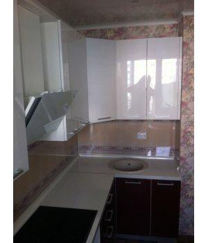 Кухня ЗОВ крашенный МДФ RAL9001/RAL3032